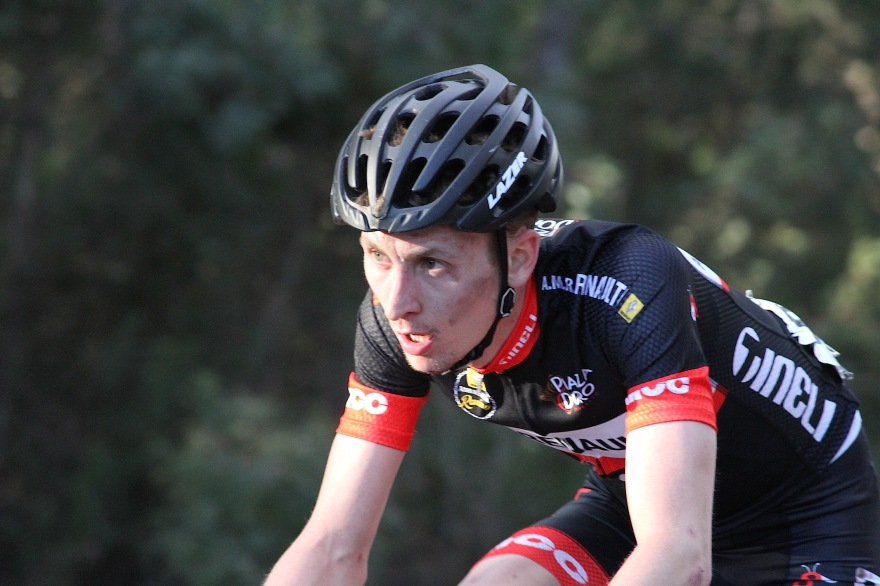 Tim climbing towards the finish at Corin Forest on Stage 2 of the National Capital Tour.